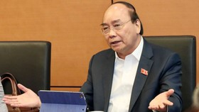 Thủ tướng Chính phủ Nguyễn Xuân Phúc phát biểu tại phiên thảo luận tổ chiều 10-11. Ảnh: VGP