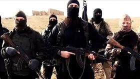 Binh lính thuộc tổ chức Nhà nước Hồi giáo tự xưng (IS). Nguồn: BusinessInsider