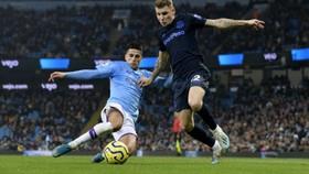 Trận Man City và Everton bị hoãn vì Covid-19