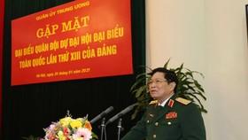 Đại tướng Ngô Xuân Lịch phát biểu tại buổi gặp mặt. Ảnh: TTXVN