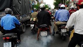 76% người dân ủng hộ kiểm tra khí thải xe gắn máy