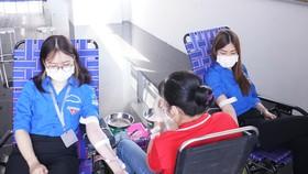 Đoàn Thanh niên Tổng công ty Khí Việt Nam (PV GAS)  tham gia hiến máu nhân đạo