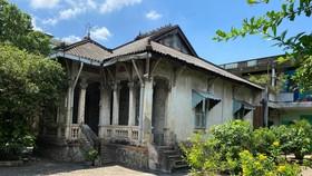 Biệt thự cổ trên đường Hồng Bàng, TPHCM. Ảnh: CAO THĂNG