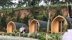 Nhiều địa phương khai thác du lịch chọn xây dựng bằng vật liệu siêu nhẹ để thiết kế làm homestay. ẢNH: HOÀNG HÙNG