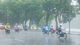 Miền Bắc sắp mưa to, miền Trung tiếp tục nắng nóng