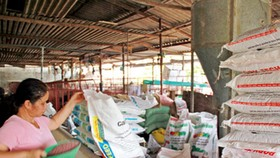 Đề nghị thanh, kiểm tra hoạt động sản xuất, kinh doanh phân bón, thức ăn chăn nuôi