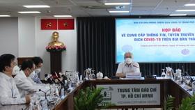 Đồng chí Phan Nguyễn Như Khuê phát biểu tại họp báo