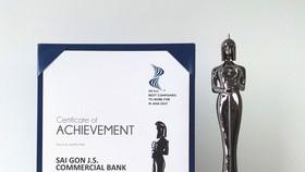 """SCB nhận giải thưởng """"Nơi làm việc tốt nhất châu Á 2021"""""""