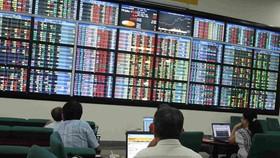 VN-Index tăng gần 22 điểm