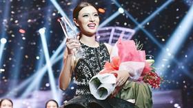 Với tỷ lệ bình chọn 40,75% Tú Hảo đã trở thành quán quân của chương trình Gương mặt thương hiệu mùa 2