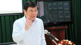 Chủ tịch UBND TPHCM Nguyễn Thành Phong phát biểu tại buổi làm việc