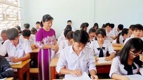 Học sinh khối 12, Trường THPT Cần Thạnh (huyện Cần Giờ) đang bước vào giai đoạn nước rút ôn tập kỳ thi THPT quốc gia 2018