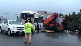 Xe chữa cháy được phép đi ngược chiều trên đường cao tốc?