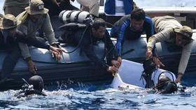 Phát hiện thân và động cơ máy bay Lion Air rơi xuống biển Indonesia, một thợ lặn thiệt mạng