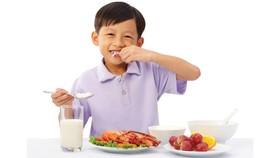 Cải thiện dinh dưỡng cho 12.000 trẻ em