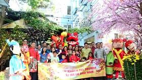 Đoàn khách đầu tiên du xuân Kỷ Hợi do TST Tourist tổ chức