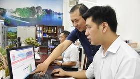 Kiểm tra công tác tuyển sinh đầu cấp trên  hệ thống trực tuyến tại Phòng GD - ĐT quận Tân Bình