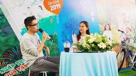 """Nhà báo Lê Hồng Lâm (trái) chia sẻ cảm nhận về """"Mắt biếc"""""""