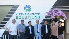 Doanh Nghiệp Nhật gặp gỡ VWS chào bán máy xử lý rác thải