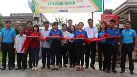 Bàn giao 3 tuyến hẻm bê tông ở huyện Bình Chánh