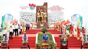 Lễ kỷ niệm 90 năm ngày thành lập Chi bộ An Nam Cộng sản Đảng Cờ Đỏ  tại Khu lịch sử Địa điểm thành lập Chi bộ An Nam Cộng sản Đảng Cờ Đỏ TP Cần Thơ. Ảnh: TUẤN QUANG