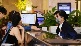 Khách sạn Rex Sài Gòn chung tay phòng chống dịch bệnh Covid-19