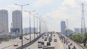 Tạo đòn bẩy huy động vốn cho hạ tầng thành phố