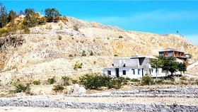 Núi Hòn Xện bị biến dạng vì dự án chỉnh trang