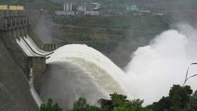 Thủy điện Thượng Nhật tích nước trái phép trước bão số 13