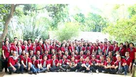 Đoàn đại biểu TPHCM là những gương điển hình học tập và làm theo tư tưởng, đạo đức,  phong cách Hồ Chí Minh trên tất cả các lĩnh vực về thăm quê Bác