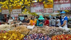 Mua sắm tại Emart, quận Gò Vấp, TPHCM. Ảnh: CAO THĂNG