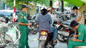 Lập nhiều điểm giữ xe máy ở khu trung tâm phục vụ tết