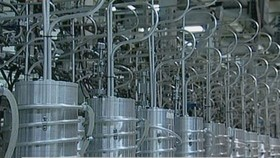 Các máy ly tâm tại nhà máy hạt nhân Natanz, cách thủ đô Tehran, Iran 270km về phía Nam.