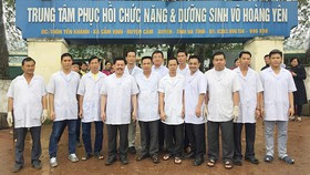 Từ năm 2012 -2016 tỉnh Hà Tĩnh đã hỗ trợ cho trung tâm của ông Võ Hoàng Yên trên 500 triệu đồng. Ảnh: Tạp chí Đông y