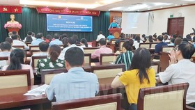 Cán bộ công đoàn tập huấn ứng dụng bảo hiểm xã hội số