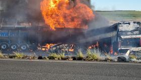 Nam Phi: Va chạm xe bồn chở hóa chất, hàng chục người thương vong