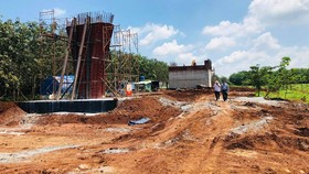 Dự án đường cao tốc Dầu Giây - Phan Thiết: Cần khoảng 5 triệu m³ đất san lấp