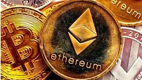Tiền kỹ thuật số bitcoin và ethereum