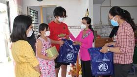 TP HCM đang có hơn 1.500 em tuổi đi học bị mồ côi cha, mẹ hoặc mồ côi cả cha lẫn mẹ do dịch Covid-19