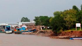Sạt lở khu vực cửa biển Rạch Gốc, huyện Ngọc Hiển, tỉnh Cà Mau