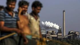 JSW, nhà sản xuất thép lớn nhất của Ấn Độ tính theo vốn hóa thị trường, đã buộc phải chuyển oxy từ các lò nung của mình đến các bệnh viện của đất nước © Bloomberg