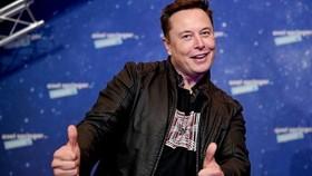rong chương trình SNL, Elon Musk tiết lộ, việc mắc hội chứng Asperger khiến tỉ phú này liên tục chia sẻ những ý kiến, bình luận gây tranh cãi trên mạng xã hội. Ảnh: TL.