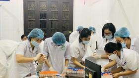Người lao động được hỗ trợ đến 3 triệu đồng nếu phải cách ly hoặc nhiễm Covid-19