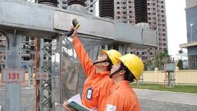 Hóa đơn tiền điện tháng 5 sẽ tăng cao do lượng điện tiêu thụ đạt mức kỷ lục. Ảnh: EVN