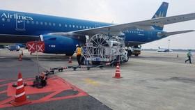 Giảm tần suất bay đến sân bay Tân Sơn Nhất.