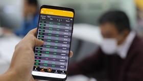 Nếu tính trong nửa năm, VN-Index tăng đến 34,51% và đứng đầu về mức tăng so với các thị trường khác.