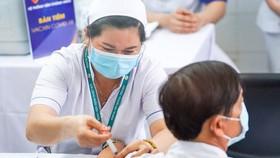 Nhật hỗ trợ Việt Nam 1 triệu liều vaccine Covid-19