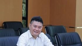 Hiện cá nhân ông Thụy cũng sở hữu hơn 30,5 triệu cổ phiếu LPB, tương đương 2,84% vốn ngân hàng.
