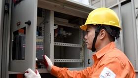 Vì sao tiền điện tăng vọt?