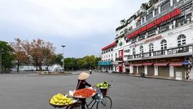 6h sáng mai, ngày 24-7, Hà Nội thực hiện giãn cách xã hội toàn thành phố 15 ngày theo Chỉ thị 16 để phòng chống dịch. Ảnh: Báo Tổ quốc.